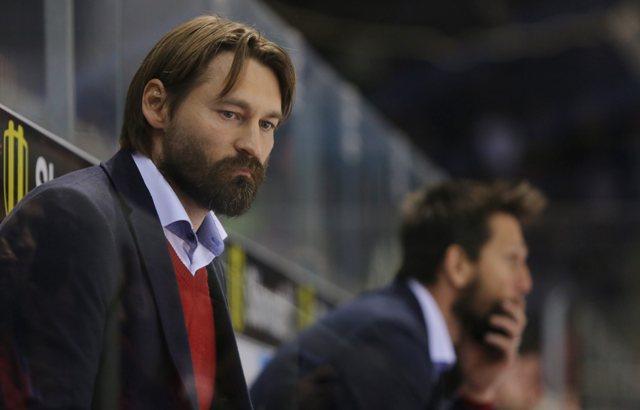 Na snímke tréner Banskej Bystrice Vladimír Országh