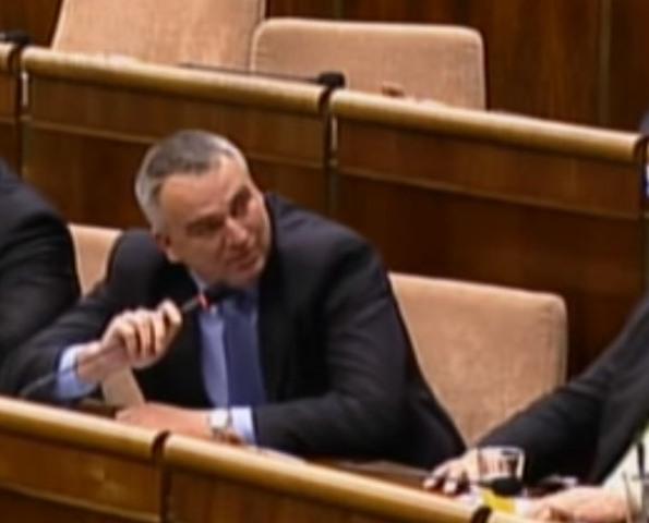 Na snímke poslanec za OĽANO-NOVA Jozef Lukáč