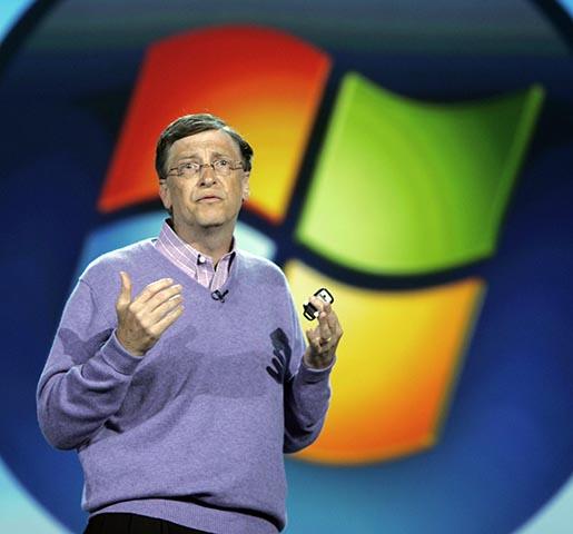 Na archívnej snímke zakladateľ Microsoftu Bill Gates