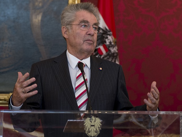 Na archívnej snímke rakúsky prezident Heinz Fischer