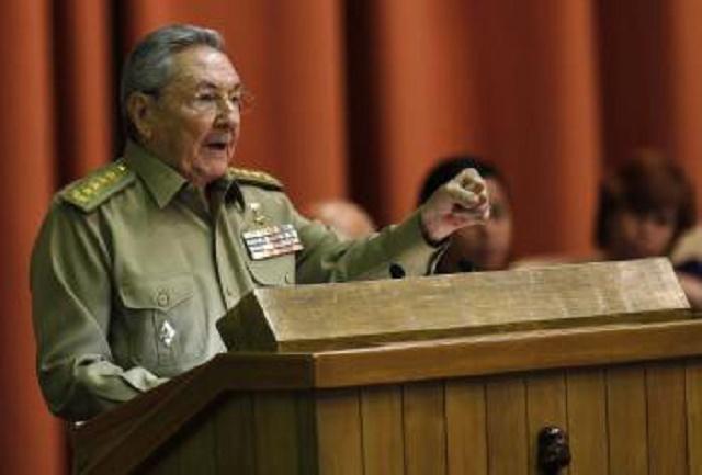 Na archívnej snímke kubánsky prezident Raúl Castro