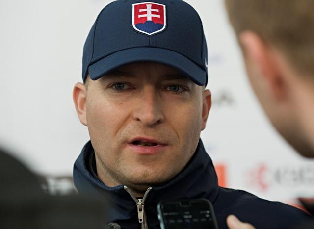 Na snímke tréner brankárov Peter Kosa
