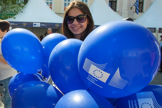 Oslavy pri príležitosti Dňa Európy - symbolické narodeniny Európskej únie na Hlavnom námestí v Bratislave