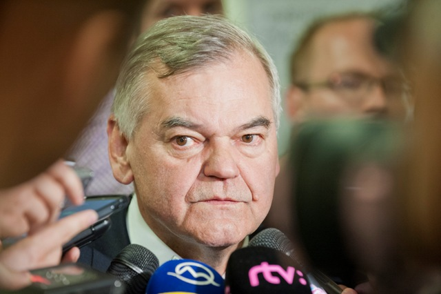 Na snímke bývalý tréner slovenskej hokejovej reprezentácie a súčasný českej Vladimír Vůjtek