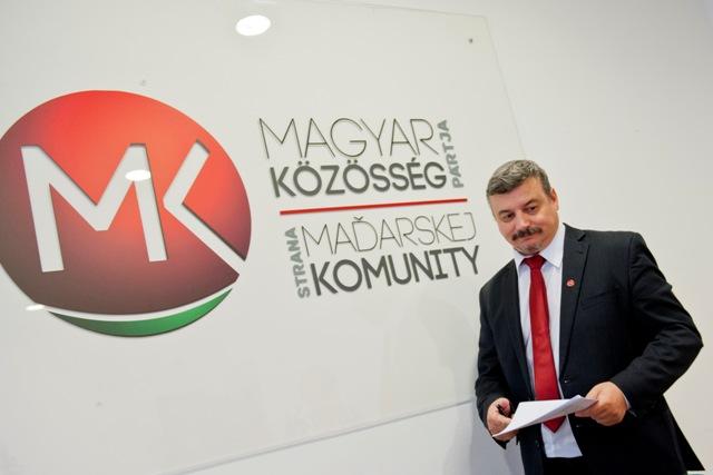 Na snímke bývalý predseda strany Strany maďarskej komunity (SMK) József Berényi
