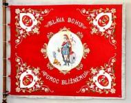 Replika zástavy umožňuje naviazať na tradície predkov a preniesť ich posolstvo do budúcnosti