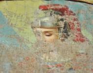 Detail poškodenej maľby sv. Floriana z pôvodnej historickej zástavy