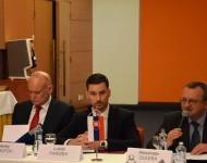 V Bratislave sa konalo Prvé rusko-slovenské diskusné fórum. Na snímke zľava Alexey Fedotov- veľvyslanec Ruska na Slovensku, Lukáš Parížek a  Alexander Duleba
