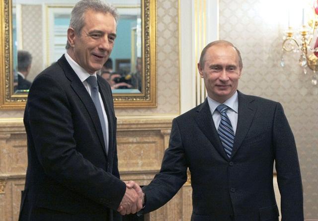 Na snímke vľavo bavorský premiér Stanislaw Tillich a ruský prezident Vladimir Putun