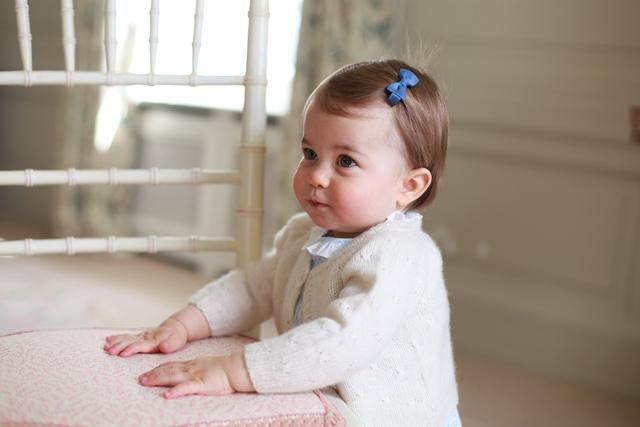 Na snímke princezná  Charlotte