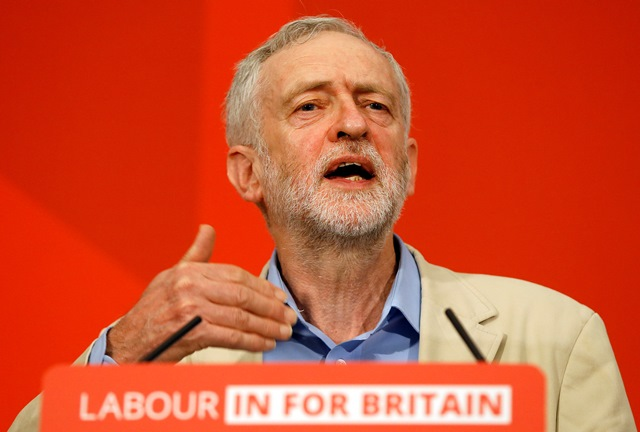 Na snímke vodca britskej Labouristickej strany, Jeremy Corbyn