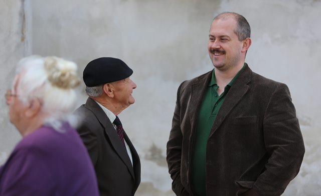 Na snímke predseda Banskobystrického smaosprávneho kraja a predseda Ľudovej strany Naše Slovensko Marian Kotleba (vpravo)