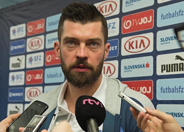 Na snímke slovenský futbalový reprezentant Matúš Kozáčik