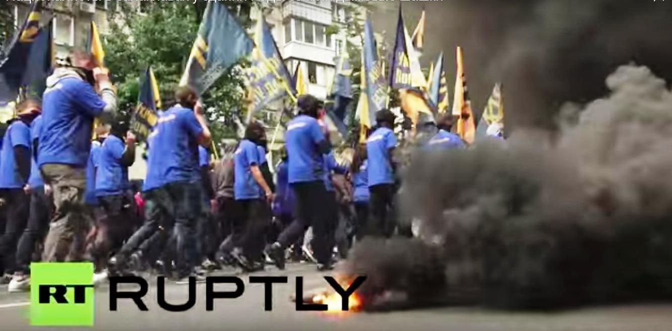 Pochod Azovu v Kyjeve2