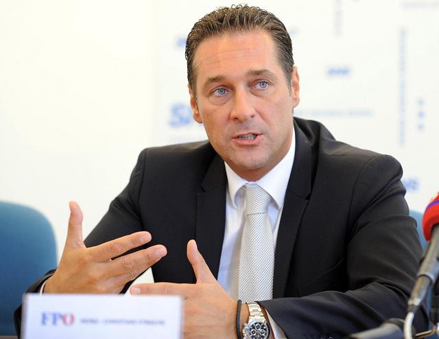 Predseda rakúskej politickej strany Freiheitlichen Partei Österreichs (FPÖ) Heinz-Christian