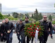 Na Slavíne si Noční vlci uctili pamiatku yosnulých vojakov