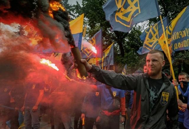 Záber z manifestácie v Kyjeve