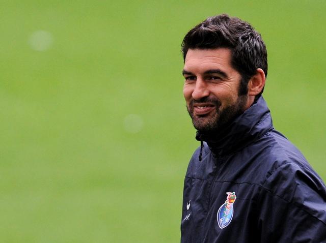 Na snímke tréner Paulo Fonseca