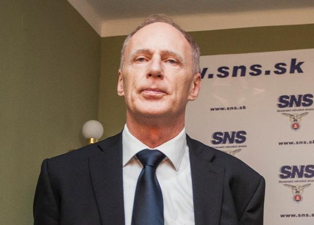 Na snímke prvý podpredseda koaličnej SNS Jaroslav Paška