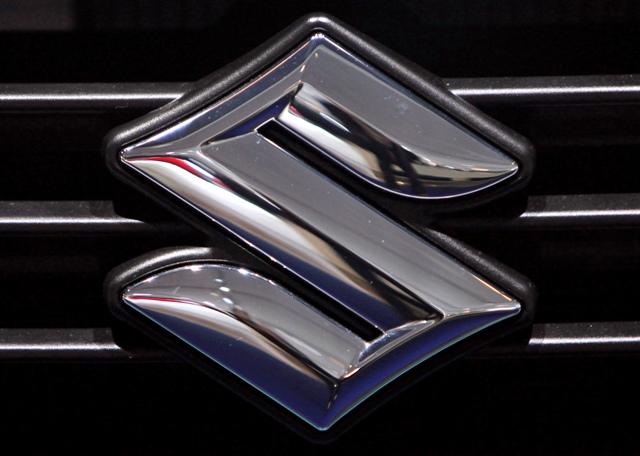 Na snímke logo japonskej automobilky Suzuki