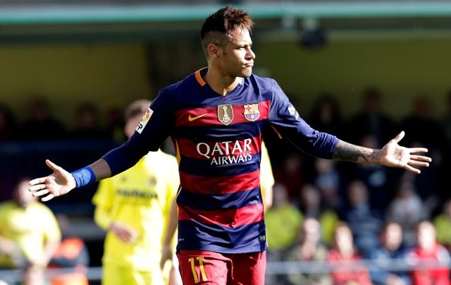 Na snímke futbalista Barcelony Neymar