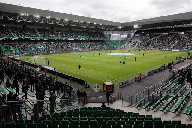 Pohľad na štadión Stade Geoffroy-Guichard vo francúzskom meste Saint-Étienne