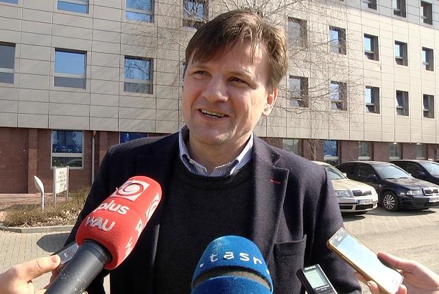 Na snímke kandidát na predsedu hnutia, exposlanec Národnej rady SR Alojz Hlina