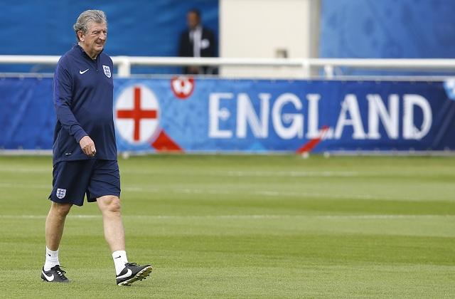 Na archívnej snímke tréner anglickej futbalovej reprezentácie Roy Hodgson