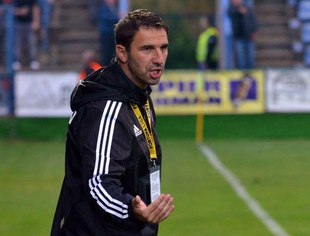 Na snímke tréner AS Trenčín Martin Ševela
