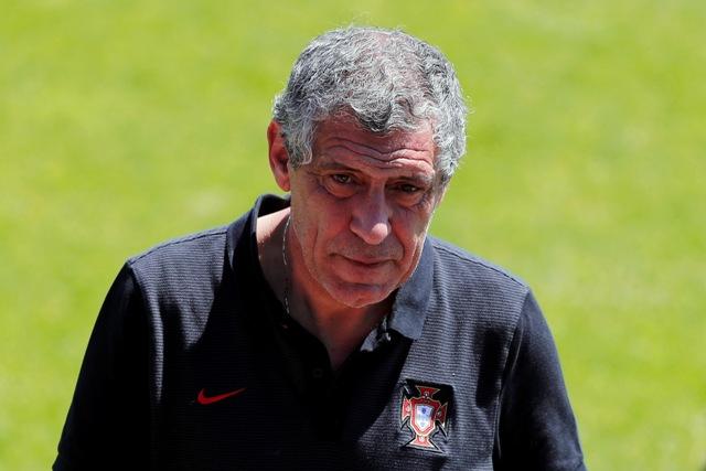 Na snímke tréner portugalskej futbalovej reprezentácie Fernando Santos