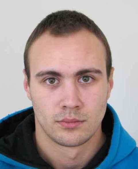 Na snímke hľadaný páchateľ lúpeže z Galanty Michal Balogh