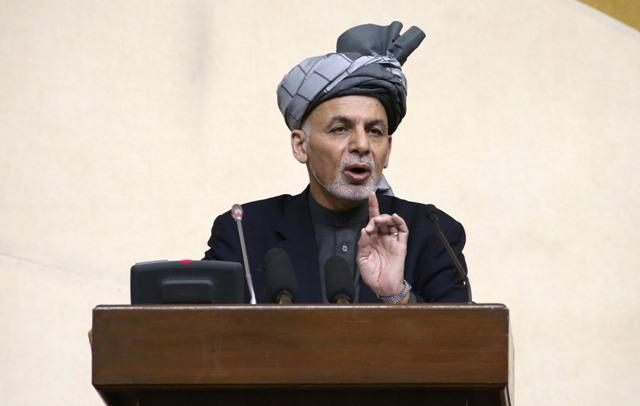 a snímke afganský prezident Ašraf Ghaní