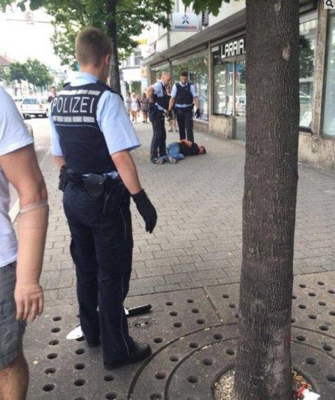 Sýrsky utečenec útočil mačetou v Nemecku.