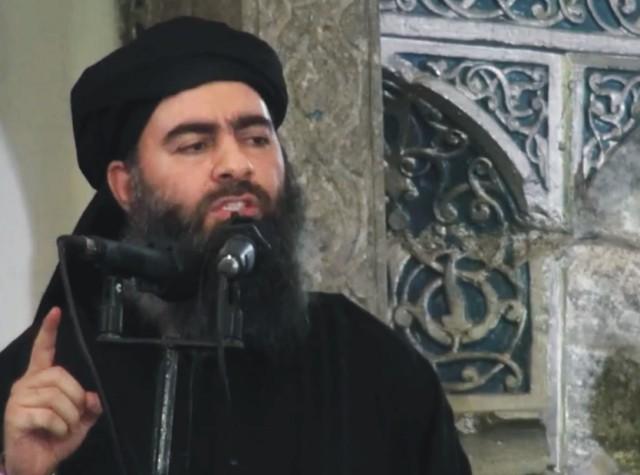Na videosnímke šéf militantnej organizácie Islamský štát abú Bakra Baghdádí v Iraku