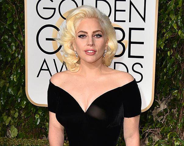 Na snímke Lady Gaga