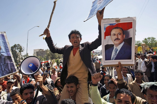 iitskí povstalci v Jemene ohlásili oficiálne spojenectvo so zvrhnutým prezidentom krajiny