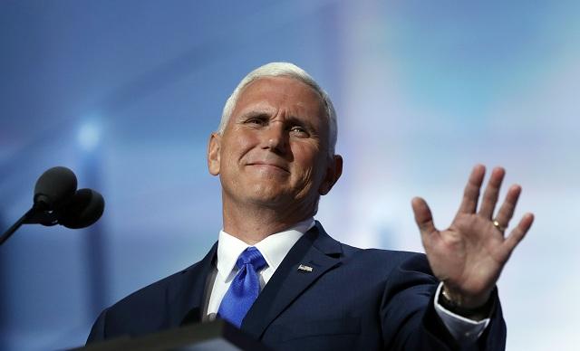 Mike Pence prijal republikánsku nomináciu na kandidáta na viceprezidenta