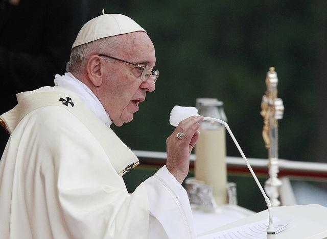 Pápež František celebruje svätú omšu v Czestochowej 28. júla 2016. Pápež František je v Poľsku na svojej prvej návšteve. V jej rámci sa zúčastní aj na viacerých akciách Svetových dní mládeže