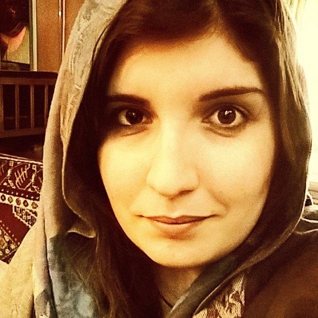 Na snímke Selin