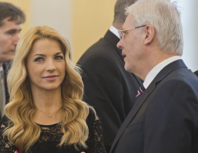 Na archívnej snímke Martina Šimkovičová a Karol Farkašovský