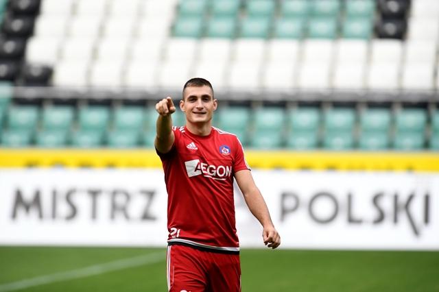 Na snímke slovenský futbalový reprezentant Matúš Bero