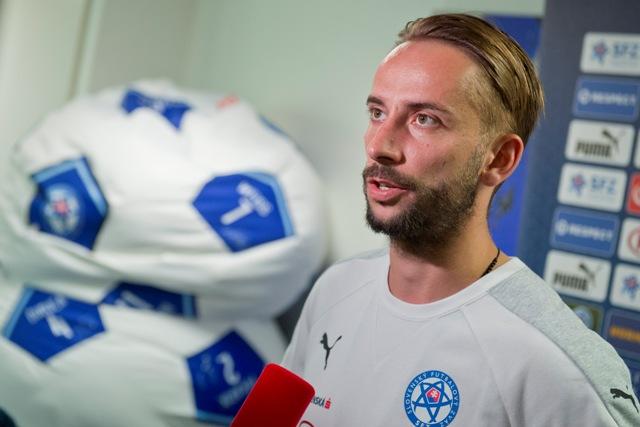 Na snímke slovenský futbalista Dušan Švento