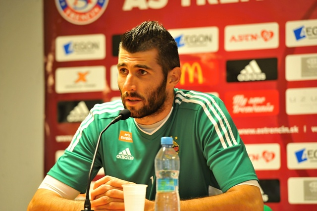 Na snímke slovenský brankár rakúskeho klubu Rapid Viedeň Ján Novota