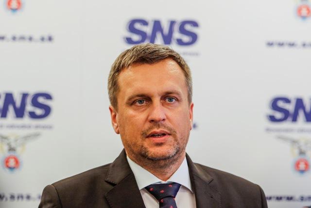 Na snímke predseda Slovenskej národnej strany (SNS) a predseda Národnej rady SR Andrej Danko