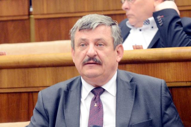 Na snímke Anton Hrnko, podpredseda SNS a poslanec NR SR