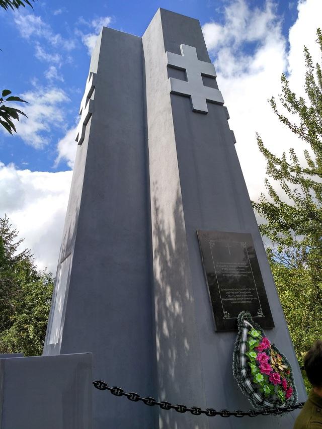Obnova slovenskej vojnovej mohyly v ukrajinskom Lipovci