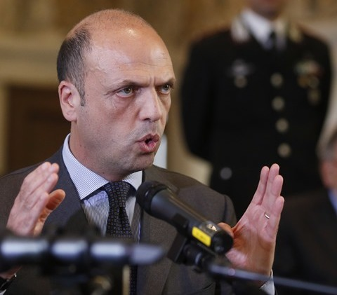 Taliansky minister vnútra Angelino Alfano