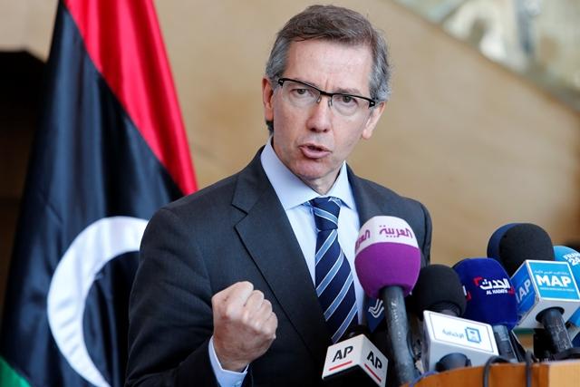 Na snímke osobitný vyslanec OSN pre Líbyu Bernardino León