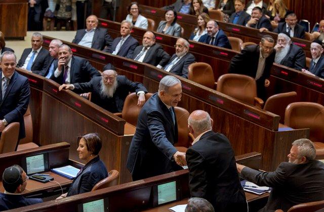 Na snímke poslanci izraelskej vlády