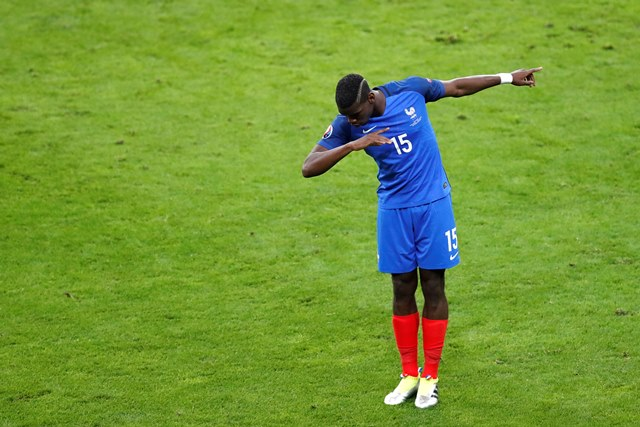 Na snímke  francúzsky futbalista Paul Pogba